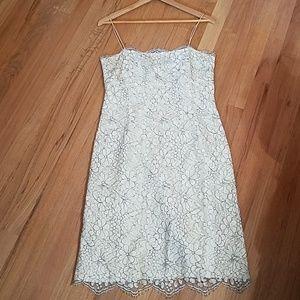Ann Taylor white lace cocktail dress size 6